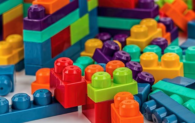 Colores Resinas y Compuestos en la industria de Juguetes