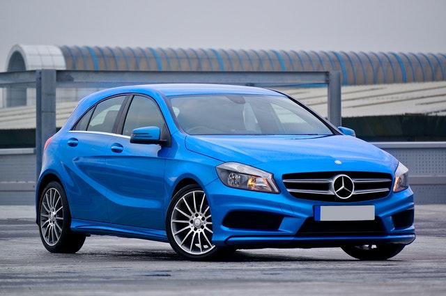 Colores Resinas y Compuestos en la industria automotriz
